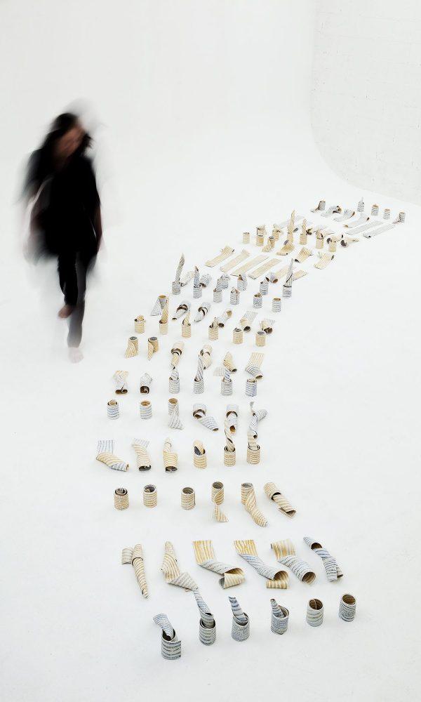 http://schlagenhauf-ceramique.com/wp-content/uploads/2017/08/Daniela-Serie-résonance-1b-600x1000.jpg
